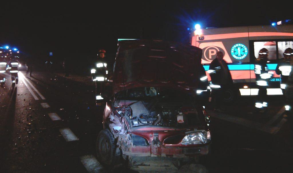 Do wypadku doszło na skrzyżowaniu, na którym w sierpniu zeszłego roku zginął mieszxkaniec Oleśnicy, a pięć lat wcześniej śmierć poniosło troje mieszkańców Radziejowa. fot. Michał Kawa/OSP Ostrowite